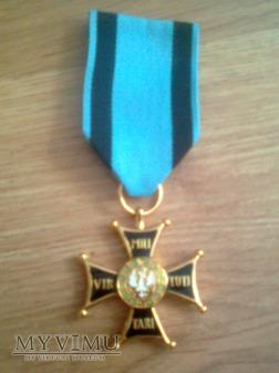 Kopia Krzyża Virtuti Militari