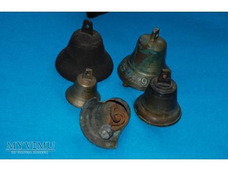 Dzwonki małe i większe