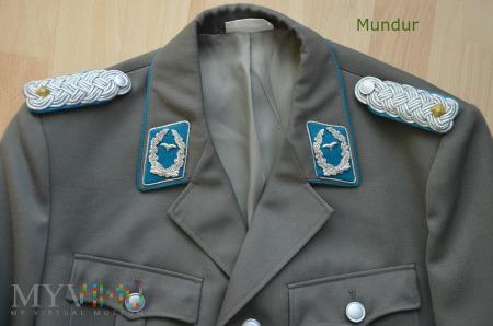 Mundur wyjściowy oficera lotnictwa NRD