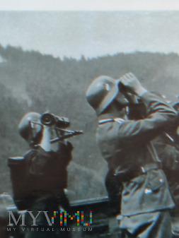 Niemcy - Fotografie z albumu - Uwaga nadlatuje