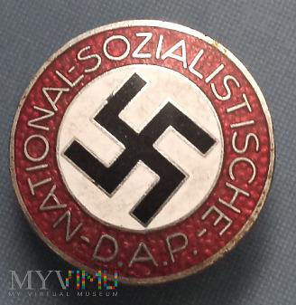 Duże zdjęcie Odznaka czlonkowska NSDAP