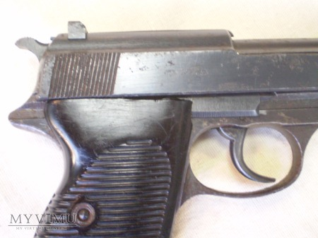 "Pistolet Walther P38 ""byf 44"""