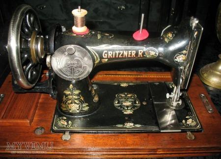 GRITSNER R