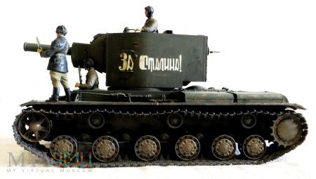 Czołg cieżki KW-2