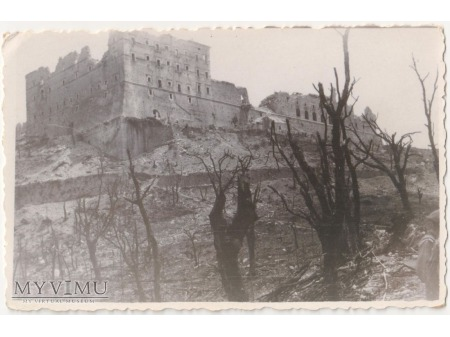 Zdjęcie po bitwie o Monte Cassino