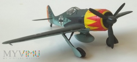 Samolot myśliwski Focke-Wulf FW-190A (model 1/72)