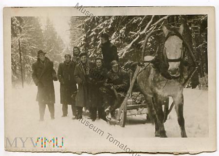 Grupowe zdjęcie wycieczkowe - 1937