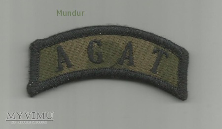 Napis AGAT na mundur polowy