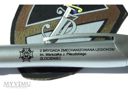 Długopis 2 BZ gadżet promujący jednostkę