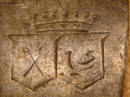 Duże zdjęcie Widelec z herbem i koroną barona