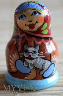 Duże zdjęcie Naparstek matrioszka z kotem