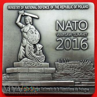 Duże zdjęcie MEDAL PAMIĄTKOWY - SZCZYT NATO w WARSZAWIE