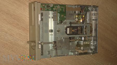 """Stacja dyskietek 5,25"""" TEAC FD-55BR do PC"""