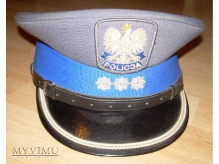 Czapka komisarza policji