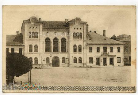 Duże zdjęcie Żywiec - Magistrat w rynku - lata 30-te