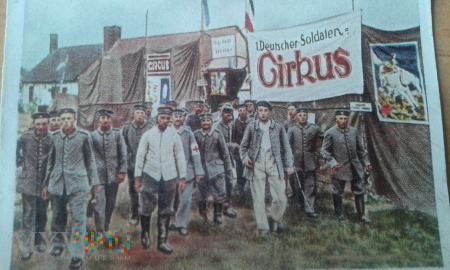 wojskowy cyrk