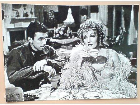 Duże zdjęcie Marlene Dietrich i James Stewart przy herbatce