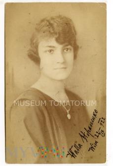 Stare zdjęcie portretowe - 1922