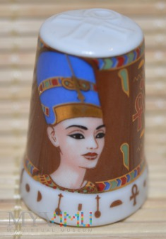 Seria :In Glaz Pharaonen/Nefertiti