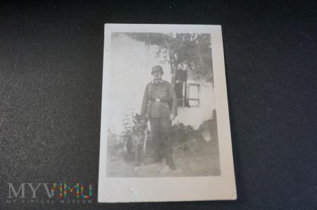 Zołnierz z psem - Szarik w niemieckiej niewoli :)
