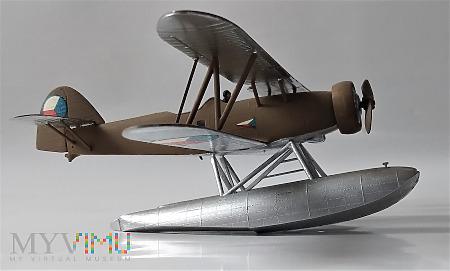 Duże zdjęcie Wodnosamolot pływakowy Letov Š-328v (model 1/72)