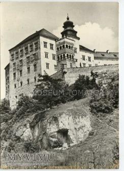 Pieskowa Skała od południa - ok. 1974 r.