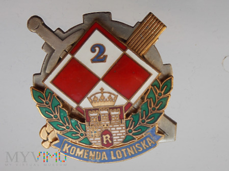 2 KOMENDA LOTNISKA - RADOM