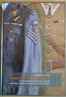 Mundur żołnierza polskiego-Muzeum Milit. Wrocław