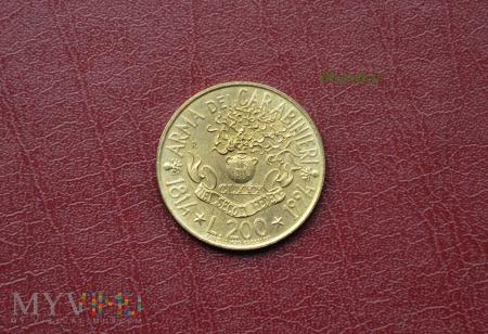 Moneta włoska: 200 lire