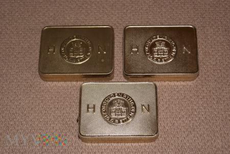 Niemieckie pudełka po papierosach Güldenring