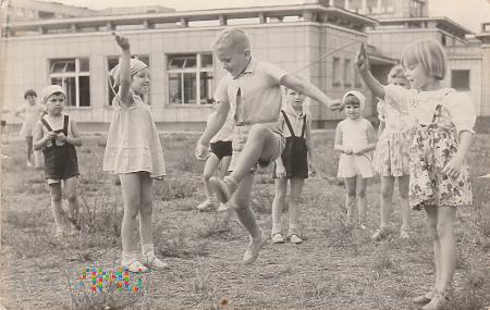 Duże zdjęcie Przedszkole nr.135 ul. Ringenbluma 1 Warszawa 1960