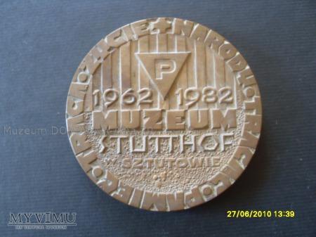 "Medal ""XX lat Muzeum w Sztutowie""."