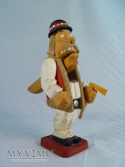 Góral - drewniany dziadek do orzechów