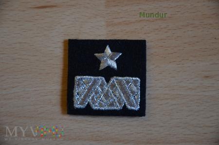 Dystynkcja na beret czarny - haft maszynowy