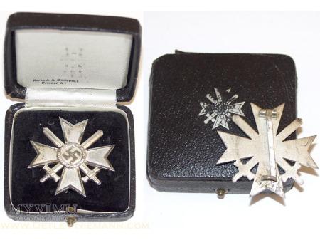 Krzyż Zasługi z mieczami 1 klasy