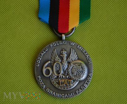 Medal pamiątkowy 60 lat w misjach pokojowych