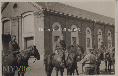 Żołnierze 4 Baonu Saperów w koszarach. Przemyśl.