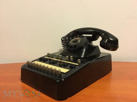 biurkowy aparat telefoniczny T&N z 1957 roku