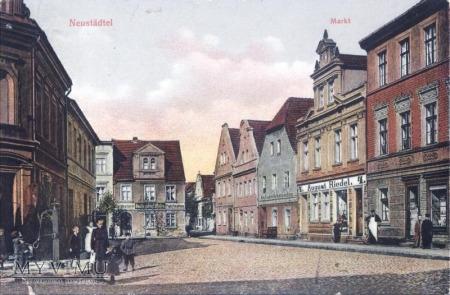 Widok na północną pierzeję rynku - 1912 r.