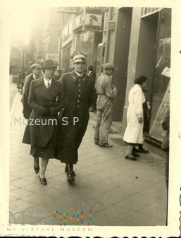 Porucznik 16 PUł Wlkp. z żoną