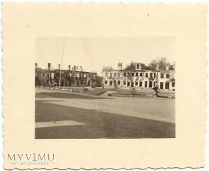 Duże zdjęcie Plac Piłsudskiego - już uprzątnięty