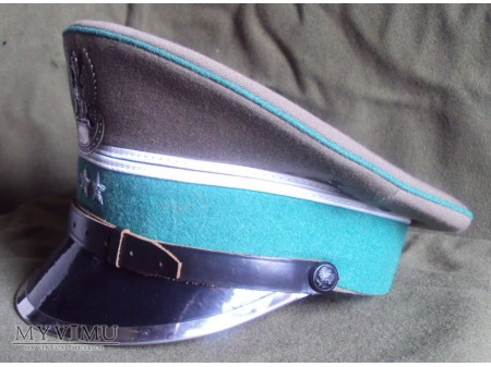Czapka garnizonowa SG z okutym daszkiem (wzór I)