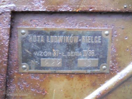 Wóz łączności wz. 37-kufer, siedzisko