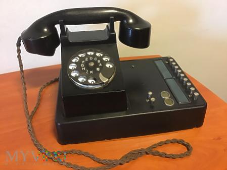 Duże zdjęcie niemiecka biurkowa centralka telefoniczna