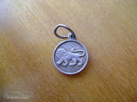medalik z lwem