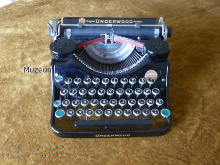 Maszyna do pisania Underwood Portable
