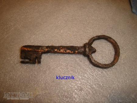 klucz średniowieczny 003