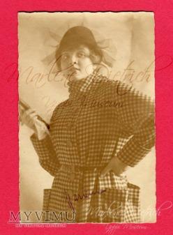 1919 Marlene Dietrich aged 18 signed postcard
