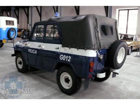 """""""Papieski"""" UAZ 469B - Policja*"""