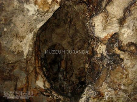 Jaskinia Pod Sokolą Górą (Pochyła)